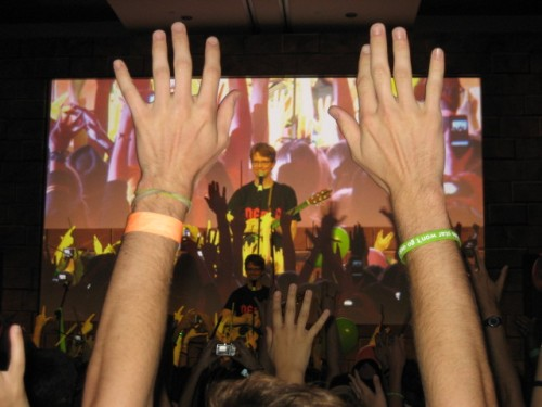 leakycon2011-wizard-rock-hank-green