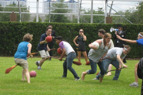 leakycon2011-quidditch-attendees
